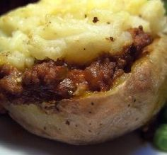 "Shepherd's Pie Jackets: ""This was very easy to put together, and it really did taste like mini shepherd's pies."" -chia"