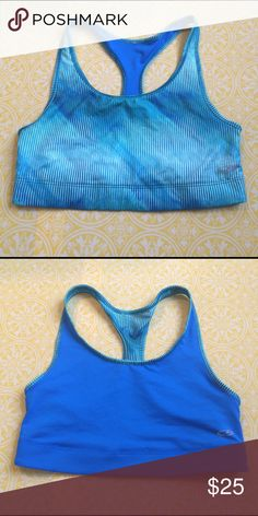 Reversible sports bra In good condition. Tag have been removed Intimates & Sleepwear Bras