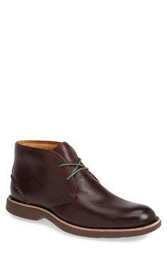 Free shipping and returns on Sperry Top-Sider® 'Gold Cup - Bellingham' Chukka Boot (Men) at Nordstrom.com. The Gold Cup Collection takes the inimitable Sperry style to the next level with hand-burnished leather, meticulous design and classic appeal for a touch of shine to seal the deal. Fine style and distinct charm mark a handsome chukka boot fitted with an Anti-Shock and Vibration tech sole.