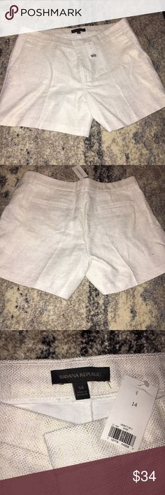 Banana Republic White Gold Thread Shorts Brand NWT, these shorts are just what you need to welcome the warmer weather! They are an Ivory color with gold metallic threading through them. I tried to take pictures with and without the flash on so you could see just how cute these shorts are! Def a dressier pair of shorts that would look adorable with your favorite summer wedge. Bundle and save! 💜 Banana Republic Shorts