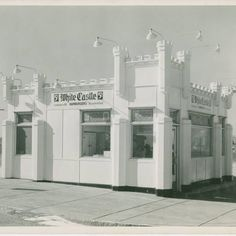White Castle located at Hampton and Chippewa opened in November 1937