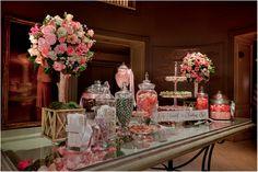 Decoraciones originales http://www.felicityevents.net/2014/02/26/decoracion-de-bodas-original-ii/