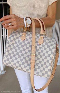 2019 New Louis Vuitton Handbags Collection for Women Fashion Bags have it Jean Louis Vuitton, Louis Vuitton Damier, Louis Vuitton Taschen, Louis Vuitton Handbags, Louis Vuitton Speedy Bag, Louis Vuitton Monogram, White Louis Vuitton Bag, Louis Vuitton Clutch, Gucci Handbags