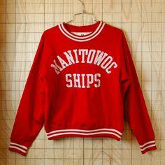 【Champion】USA製古着60sビンテージMANITOWOC-SHIPSタタキタグレッド(赤)ナイロンスウェット【チャンピオン】