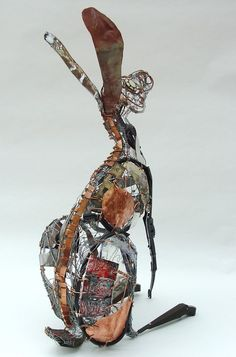 Wire and recycled metal animal sculptures Barbara Franc