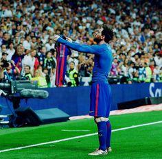 Lionel Messi's hot af body