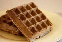 WW Oat Bran Waffles Main Course and Recipe Healthy Protein Breakfast, Healthy Cake, Healthy Recipes, Waffel Vegan, Hoe Cakes, Crispy Waffle, Bowl Cake, Ww Desserts, Bread Cake