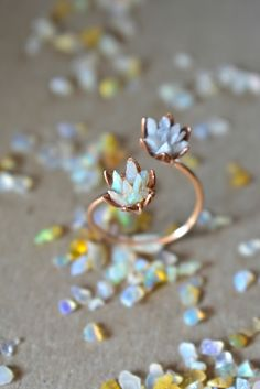 Unique Opal Ring in Rose Gold, Best Multiple Gemstone Engagement Ring, Double Lotus Flower Cuff Ring, Custom Mothers Ring You Choose Gem Lotus Ring, Moon Jewelry, Cute Jewelry, Lotus Design, Luxury Gifts For Women, Gemstone Engagement Rings, Raw Gemstones, Cultura Pop, Make Jewelry