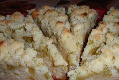 Jogurtový koláč s rebarborou (rhubarb pie with yogurt) Krispie Treats, Rice Krispies, Rhubarb Pie, Mashed Potatoes, Yogurt, Tea Party, Food And Drink, Sweets, Ethnic Recipes