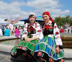 Folk Costume, Costumes, Popular, Folklore, Art Blog, Poland, Pretty Girls, Christmas Sweaters, Culture