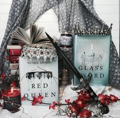 Red Queen Book Series, Red Queen Victoria Aveyard, Read Red, Book Sites, Popular Series, Book Aesthetic, Any Book, Book Fandoms, I Love Books