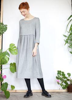 Светло-серое платье с кулиской из вискозы