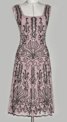 Hunza dress - this is the dress I'm wearing on my new profile pic (hardly visible, I know...)