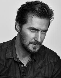 Tweets with replies by Fabo (@faboamanto) / Twitter French Words With Meaning, Geraldine James, Francis Dolarhyde, Christopher Evans, Daddy Issues, Richard Armitage, Voice Actor, Spa Treatments, Lotr
