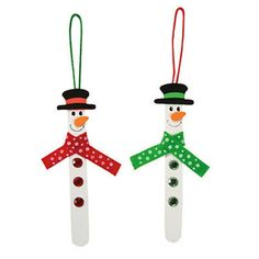 This Craft Stick Snowman Ornament Craft Kit is the perfect Christmas craft for kids! Your little elves will love building their very own ornaments to spice up your spruce your Christmas decorations! I