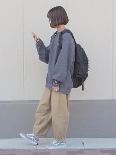Korean Outfits, Retro Outfits, Cute Casual Outfits, Grunge Outfits, Girl Outfits, Fashion Outfits, Boyish Outfits, Womens Fashion, Hijab Fashion