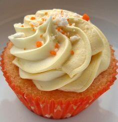 Fantakuchen und Fantamuffins Rezept mit Schmand für Kindergeburtstage. Weitere beliebte Kochrezepte finden Sie bei Kuechenmaschine-Testbericht.de