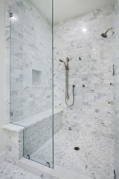 Bathroom Showers with Seats Awesome top 50 Best Shower Bench Ideas Relaxing Bathroom Seat Designs Small Shower Remodel, Small Bathroom With Shower, Walk In Shower, Modern Bathroom, Bathroom Showers, Small Bathrooms, Shower Niche, Master Shower, Master Bathroom