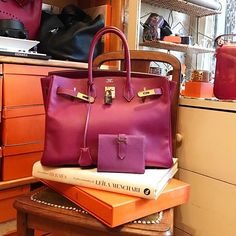 WEBSTA @ les3marchesdecatherineb - Shoot like the @coveteur ! Hermes sisters and brothers welcome !! #hermes #birkin35 #cyclamen #vintage #les3marchesdecatherineb by #catherineb