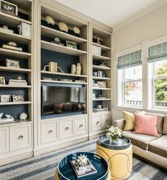 Happy New Year! I'm kicking off 2017 with this beautiful San Francisco home designed by Tineke Triggs of Artistic Designs for Living! Captured by photographer Drew Kelly, the Victorian remode…