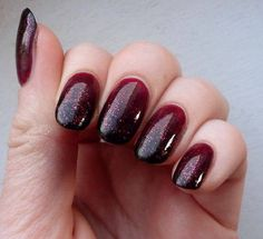 It's time for a new manicure! Since the color of the season is burgundy in this post we present you 20 burgundy nail designs. Black Ombre Nails, Red Nails, Hair And Nails, Black Glitter, Glitter Jelly, Black Sparkle, Oxblood Nails, Burgundy Nails, Ombre Burgundy
