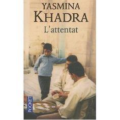 387. L'Attentat. Yasmina Khadra - Amine, chirurgien israélien d'origine palestinienne, a toujours refusé de prendre parti dans le conflit, et s'est entièrement consacré à son métier et à sa femme. Jusqu'au jour où, au cœur de Tel Aviv, un kamikaze se fait sauter, semant mort et désolation. Toute la journée, Amine opère les victimes de l'attentat, avec pour tout réconfort l'espoir de trouver le soir l'apaisement dans les bras de Sihem. Mais quand il rentre chez lui, elle n'est pas là.