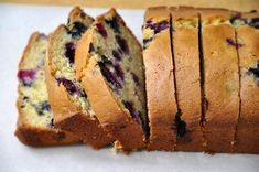 Blueberry Orange Juice Bread  Yield: one 9-inch loafPrep Time: 15 minCook Time: 1 hour  Ingredients:  1 egg  1 cup sugar  2 Tablespoons vegetable oil  2/3 cup orange juice  1½ teaspoons baking powder  ½ teaspoon baking soda  ½ teaspoon salt  2 cups all-purpose flour  1 cup blueberries, rinsed and patted dry