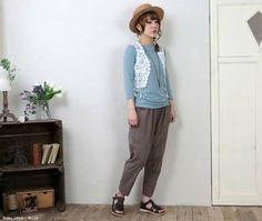 Mori in pants from Mori Girls Facebook.
