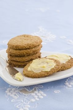 These biscuits are unbelievably moreish. This recipe comes from my mentor Tui Flower, who almost always has them on hand. They are best served lightly buttered. Baking Recipes, Cookie Recipes, Monster Food, Cookie Monster, All Bran, South African Recipes, Healthy Cookies, Biscuit Recipe, Diabetic Recipes