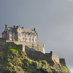 Edinburgh castle, western walls, evening #Scotland