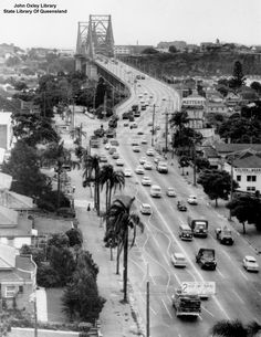 Aerial view of the Main Street approach to the Story Bridge Kangaroo Point (Image in copyright) Brisbane River, Brisbane Queensland, Brisbane City, Queensland Australia, Old Pictures, Old Photos, Cantilever Bridge, Queenslander, Travel Oklahoma