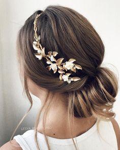 elegant updo hairstyle ,swept back bridal hairstyle ,updo hairstyles ,wedding hairstyles #weddinghair #hairstyles #updo #hairstyleideas #hair #updo #weddinghairstyles