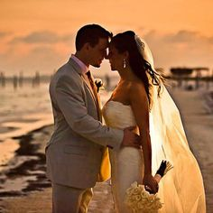 The beach at sunset! What a great photo-opp. {Elizabeth Medina Photography}