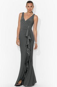 Lauren Ralph Lauren Ruffled Matte Jersey Gown. Taille 42.REF 2114/42.