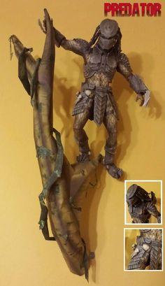 free download....Predator Paper Model