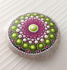 Punto rock arte Mandala pintado piedra hadas jardín regalo