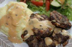 Juustoiset jauhelihapihvit Healthy Recipes, Healthy Food, Steak, Beef, Healthy Foods, Meat, Healthy Eating Recipes, Steaks, Healthy Eating
