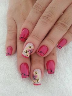 Beautiful Red Flower Nail Art Designs Looks Cute for Spring Summer Events. Its gives Beautiful look on valentines day as well. Great Nails, Fabulous Nails, Gorgeous Nails, Toe Nails, Pink Nails, Nail Nail, Nail Polish, Trendy Nail Art, Flower Nail Art