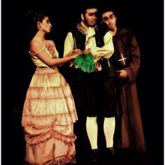 "El Caballero de la Triste Figura - Musical de ""The Man of Mancha"", escena La Familia, Teatro Cariola 2011."
