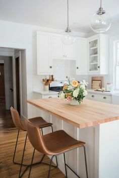 kitchen design, light countertops