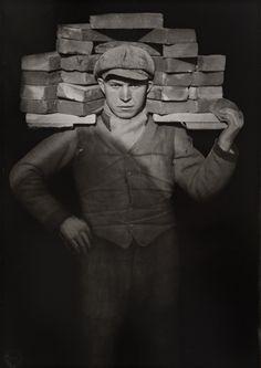 August Sander 1876 - 1964 Handlanger (II), 1928/ca 1975