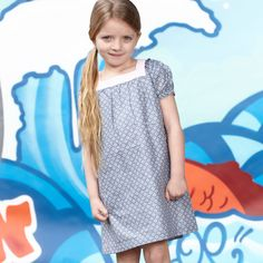 Introducing the Isla dress - 100% cotton with a beautiful purl knit collar and lovely print pattern. Definitely one of our favorites from the new collection!