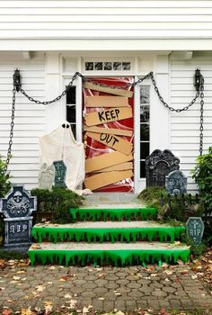 30 spooky halloween door decorations to rock this year - Homemade Halloween Decorations For Outside