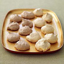 Chocolate and Vanilla Meringue Cookies Weight Watchers recipe - 1 point