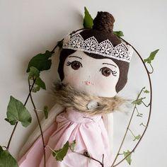 mom of one little girl ❤ doll maker ✨ handmade in the UK justacorntoys@gmail.com Restock Oct 22 9pm (UK time) #justacorn custom orders closed