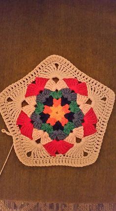 Crochet Granny, Free Crochet, Knit Crochet, Knitted Shawls, Lana, Tatting, Coasters, Projects To Try, Crochet Patterns