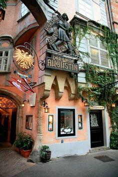 Wien Restaurant Griechenbeisel ältestes Restaurant in Wien, seit 1447- Wien...