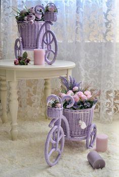 Fotos de Olga Nosareva Entryway Tables, Diy Home Decor, Planter Pots, Photo Wall, Paper Crafts, Bbg, Furniture, Gift, Paper Basket
