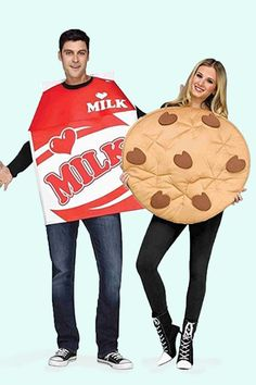 "50 Couples Halloween Costume Ideas - dress up with an adorable couples costume for you and your ""boo!"" So many his and her Couples Halloween Costumes! Halloween Party Kostüm, Couples Halloween, Halloween School Treats, Couple Halloween Costumes For Adults, Halloween Costume Contest, Funny Halloween Costumes, Costume Ideas, Couple Costumes, Halloween Ideas"