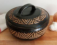 Carved Casserole With Lid in Turquoise by JanetWilliamsPottery Raku Pottery, Glazes For Pottery, Pottery Bowls, Ceramic Design, Ceramic Art, Pottery Patterns, Pottery Painting Designs, Greek Pottery, Native American Pottery